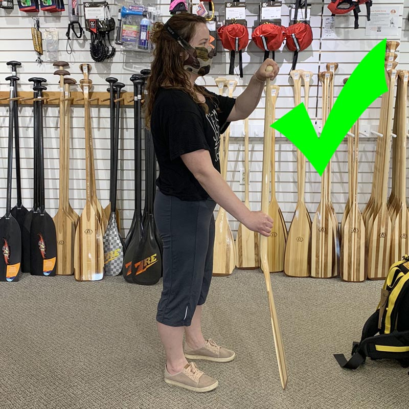 Holding a bent shaft paddle the right way