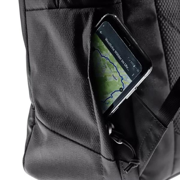 Deuter Vista Spot phone pocket detail