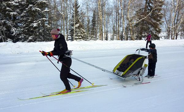 Thule Chariot ski and hike kit in action