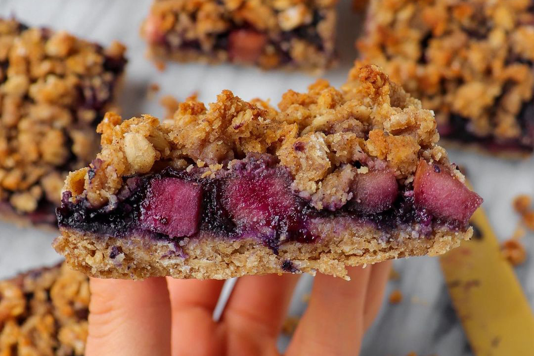 Blueberry Apple Crumble Collagen Bars
