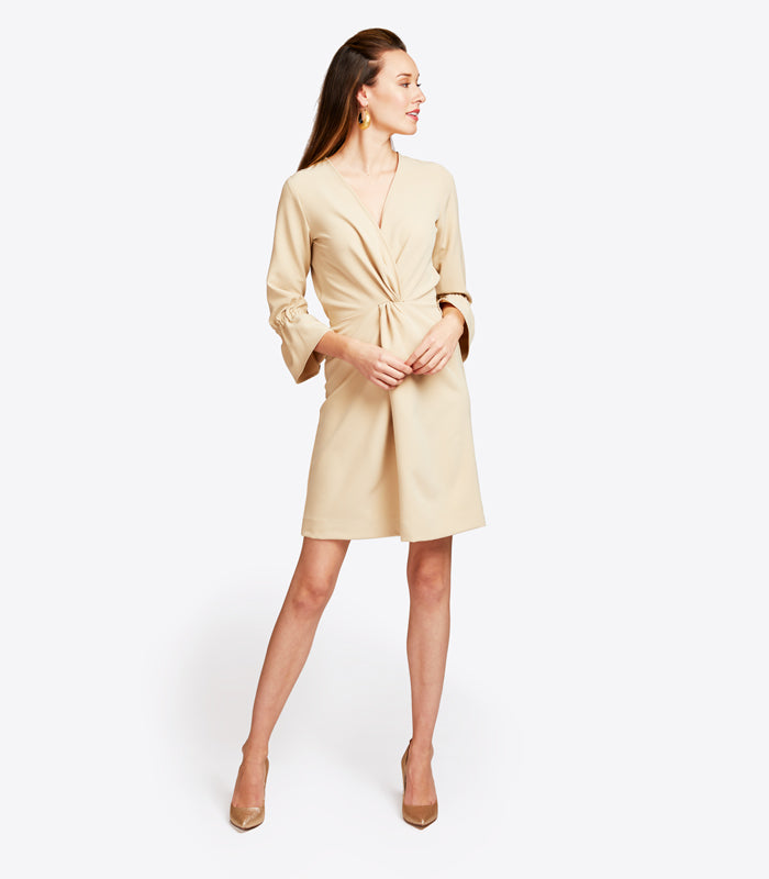 Dresses that are slim, <br>chic, appropriate, and <br>comfortable.