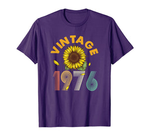 43rd Birthday Gift Vintage 1976 Sunflower T-Shirt Classic