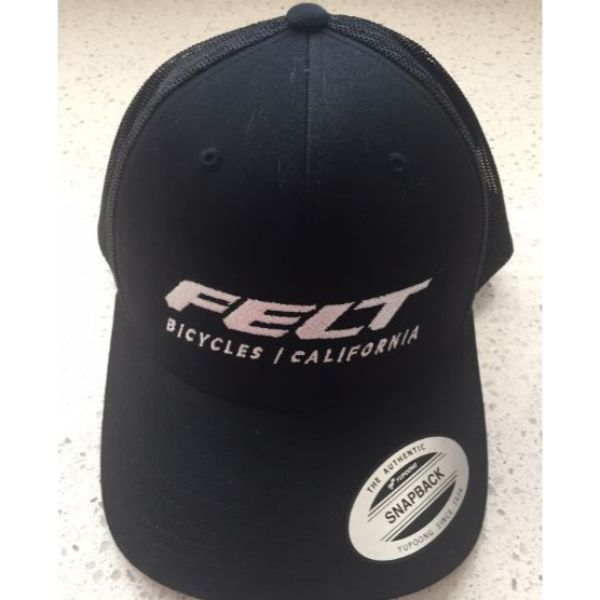 Felt Cap FlexFit Retro Trucker