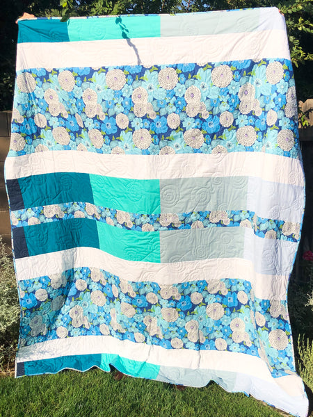 New Beginnings in Blue and Grey - Quilts a la Mode