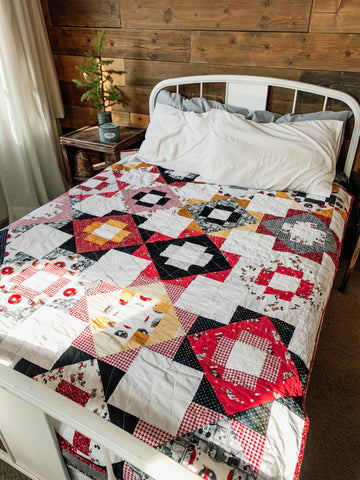 Retro Mickey Mouse Twin Size Quilt - Quilts a la Mode