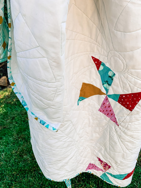 Pinwheel Fall - Quilts a la Mode