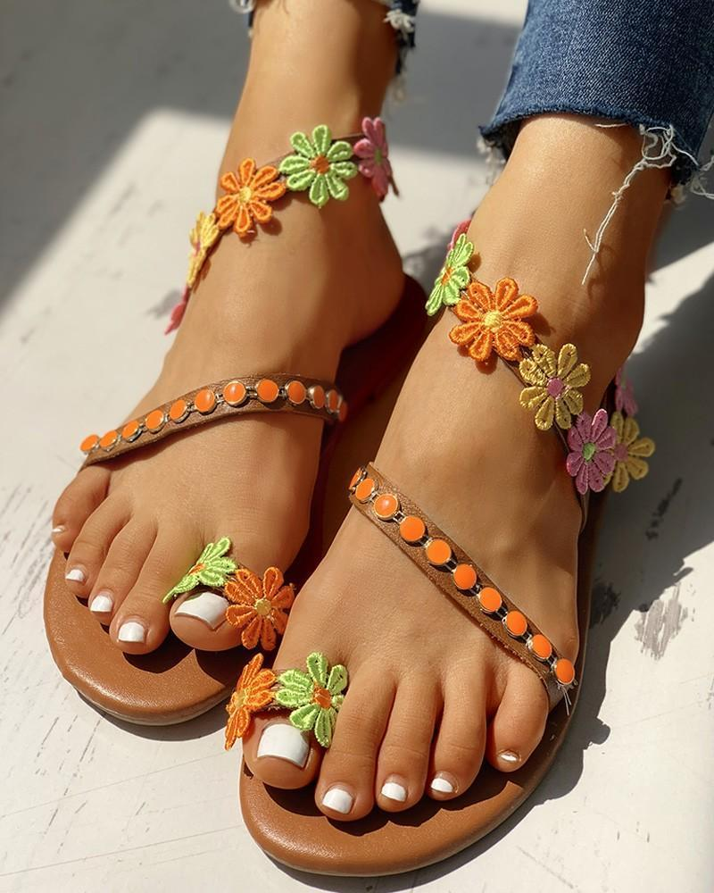 Kuselle Colorful Little Flower Embellished Strappy Toe Ring Flat Sandals