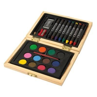 CHILDRENS PAINTING SET in Wood Box
