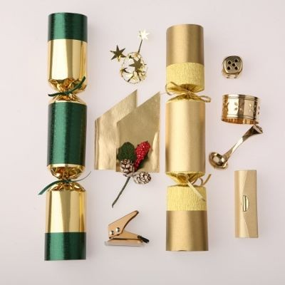 CORPORATE CHRISTMAS CRACKERS