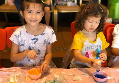 ssiters learning to make slime