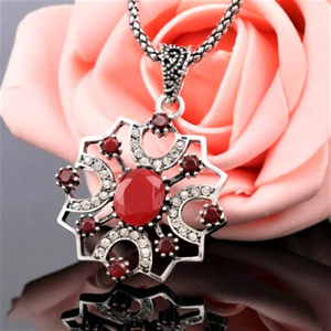 Antique Red Stone and Silver Ornate Pendant Necklace - JaeBee Jewelry