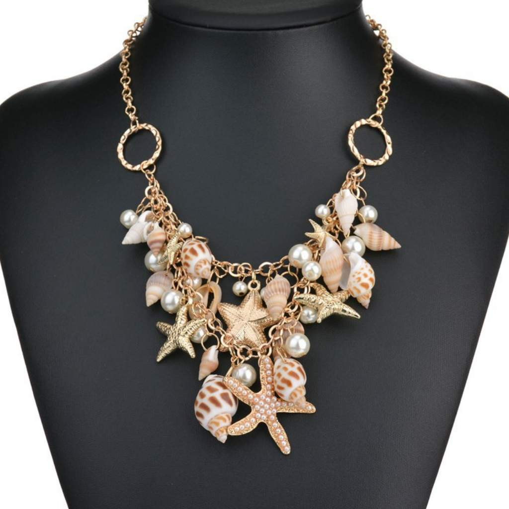 Shell Layered Gold Chain Necklace