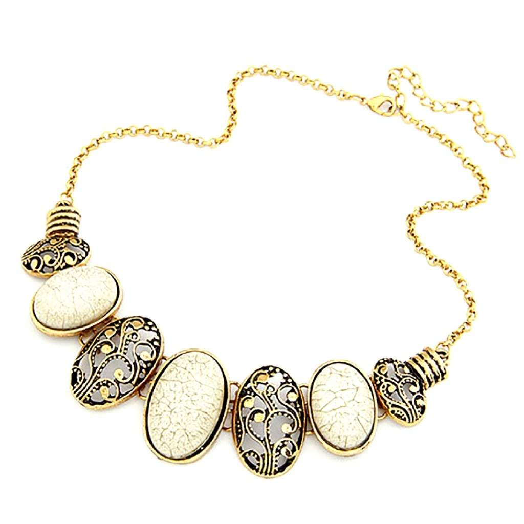 Cream and Gold Oval Link Collar Necklace - JaeBee Jewelry