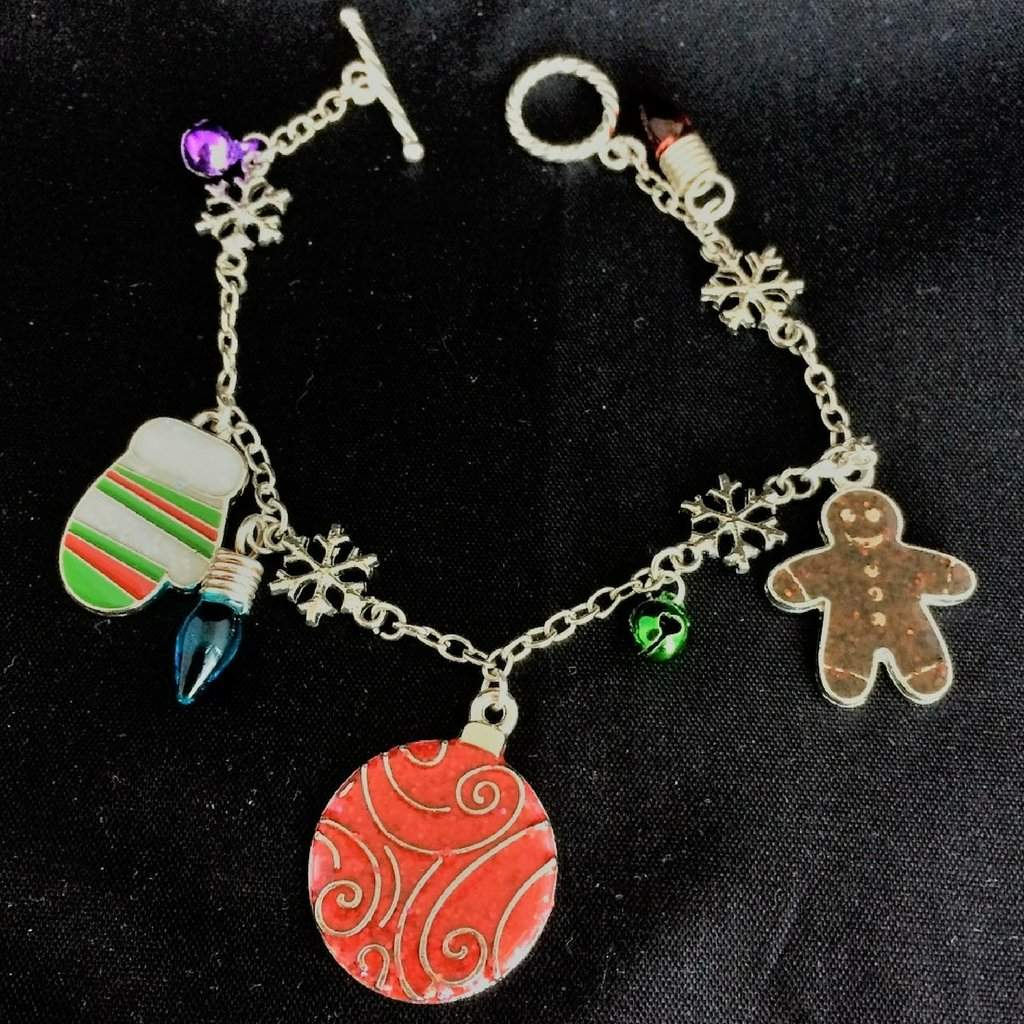 Christmas Gingerbread Charm Bracelet - JaeBee Jewelry