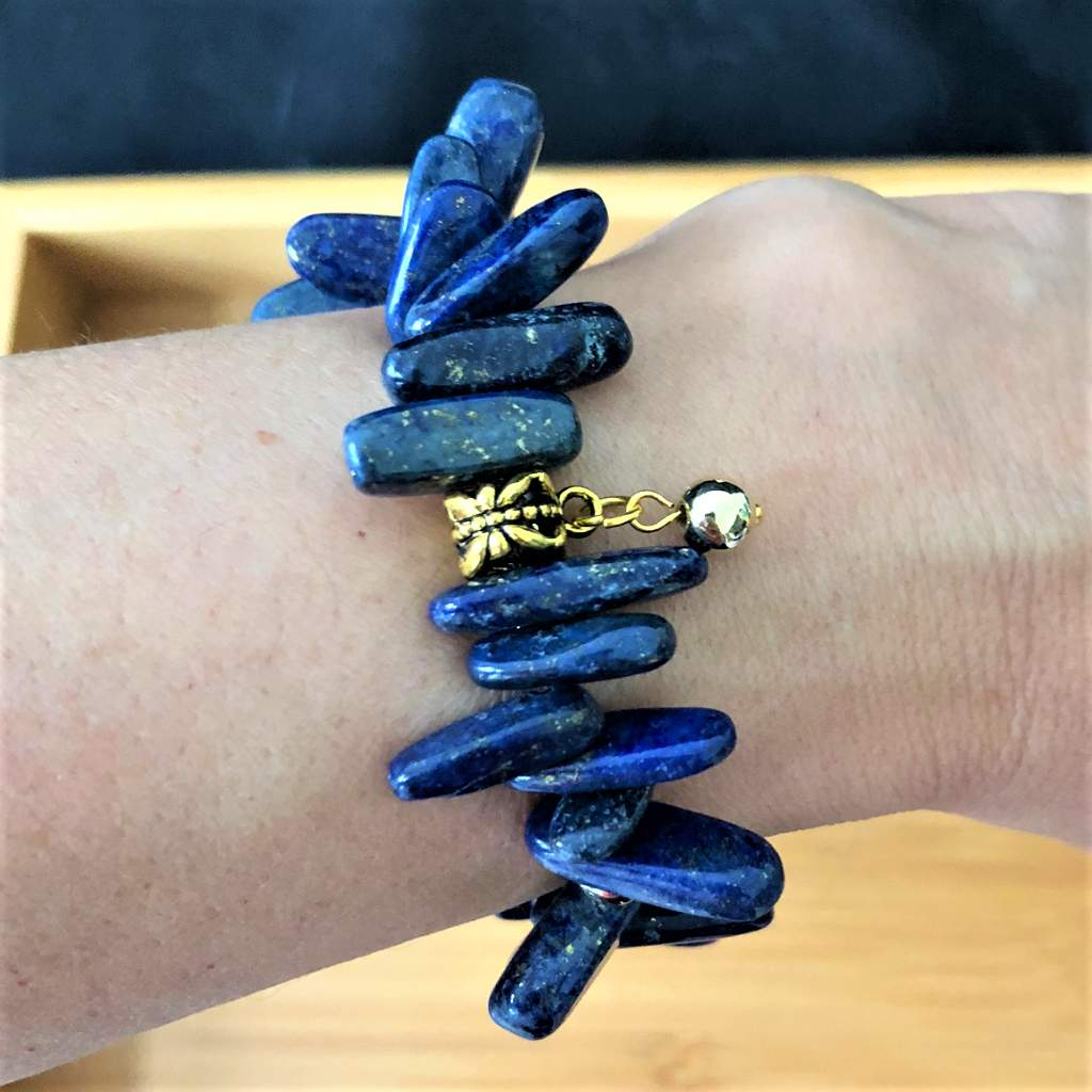 Dark Blue Stone and Gold Speckled Stick Bracelet - JaeBee Jewelry