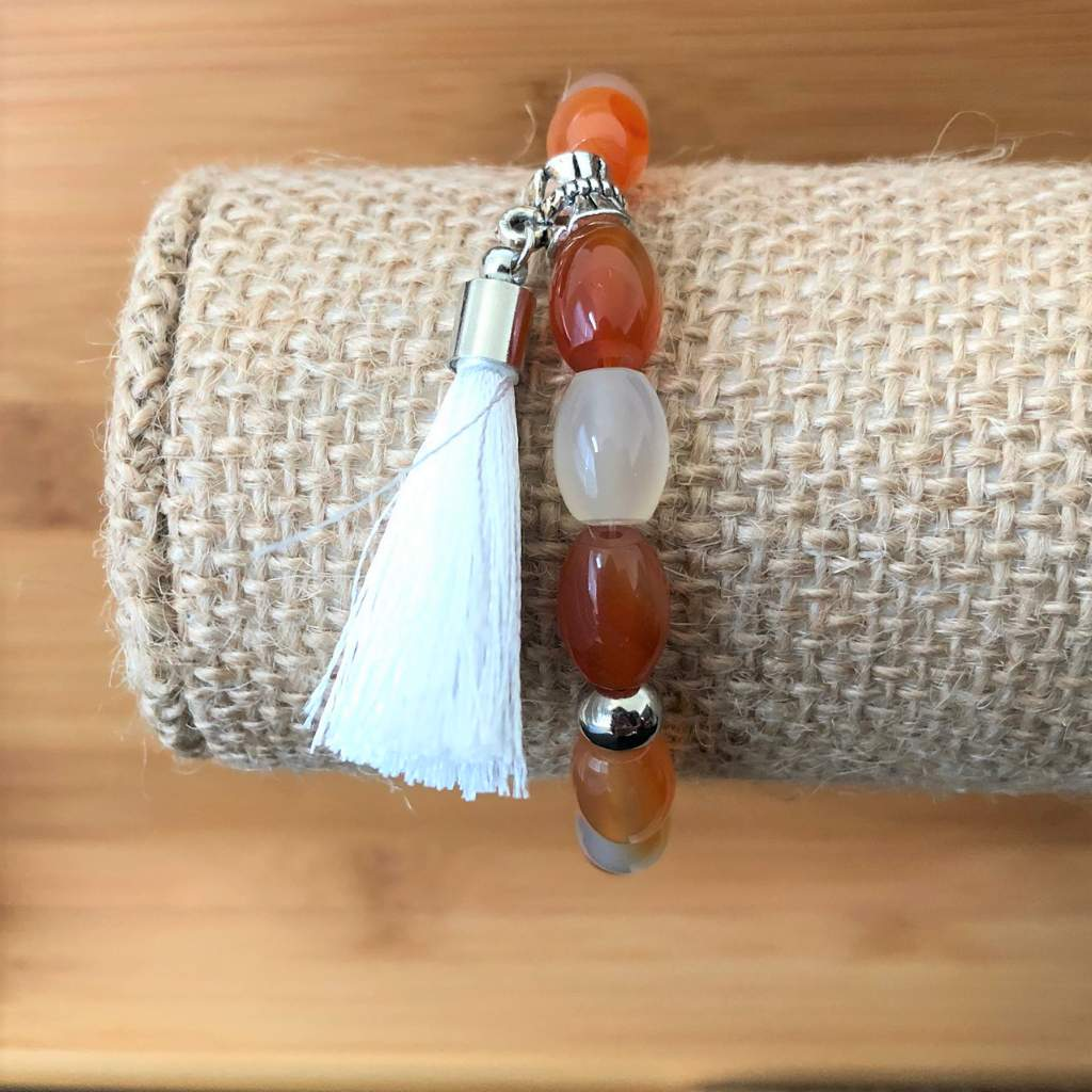 Red Agate and White Tassel Beaded Bracelet