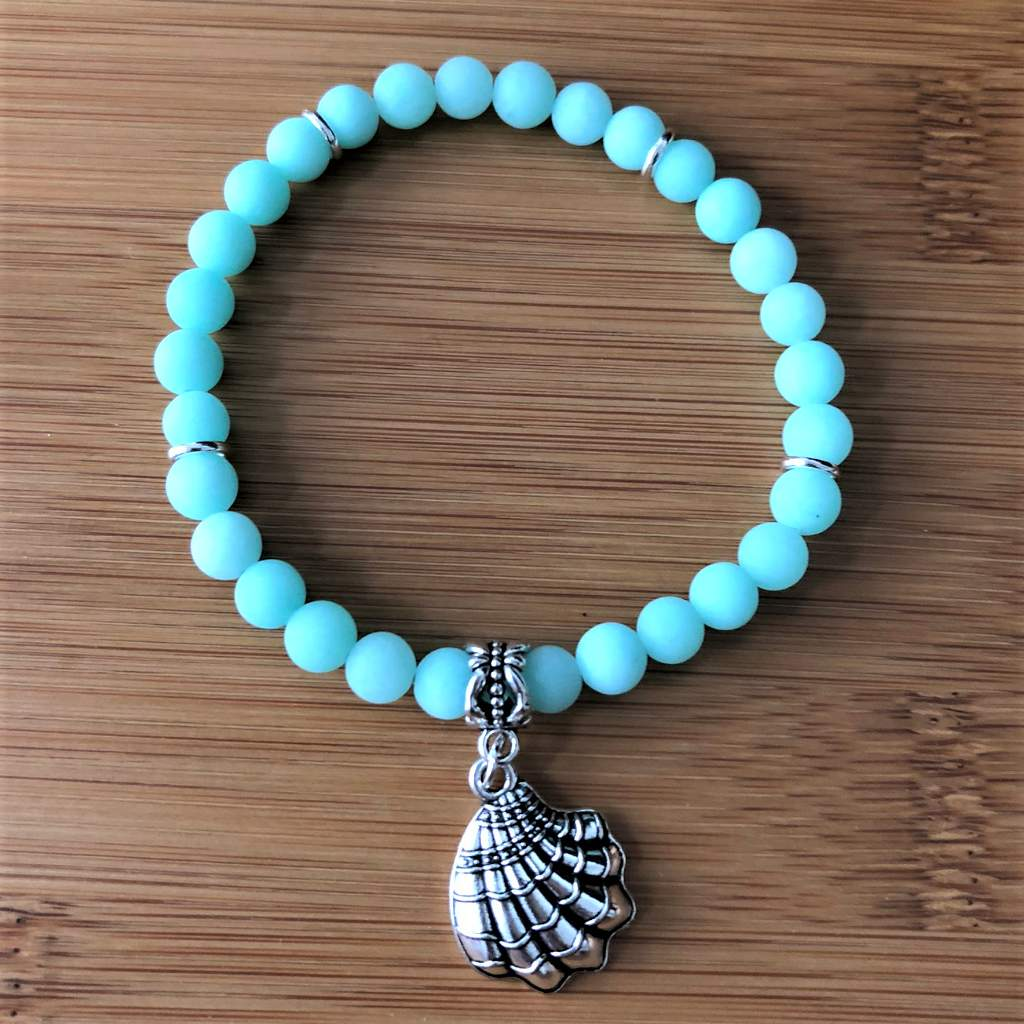 Matte Sea Green Jade Beaded Bracelet with Silver Clam Shell - JaeBee Jewelry