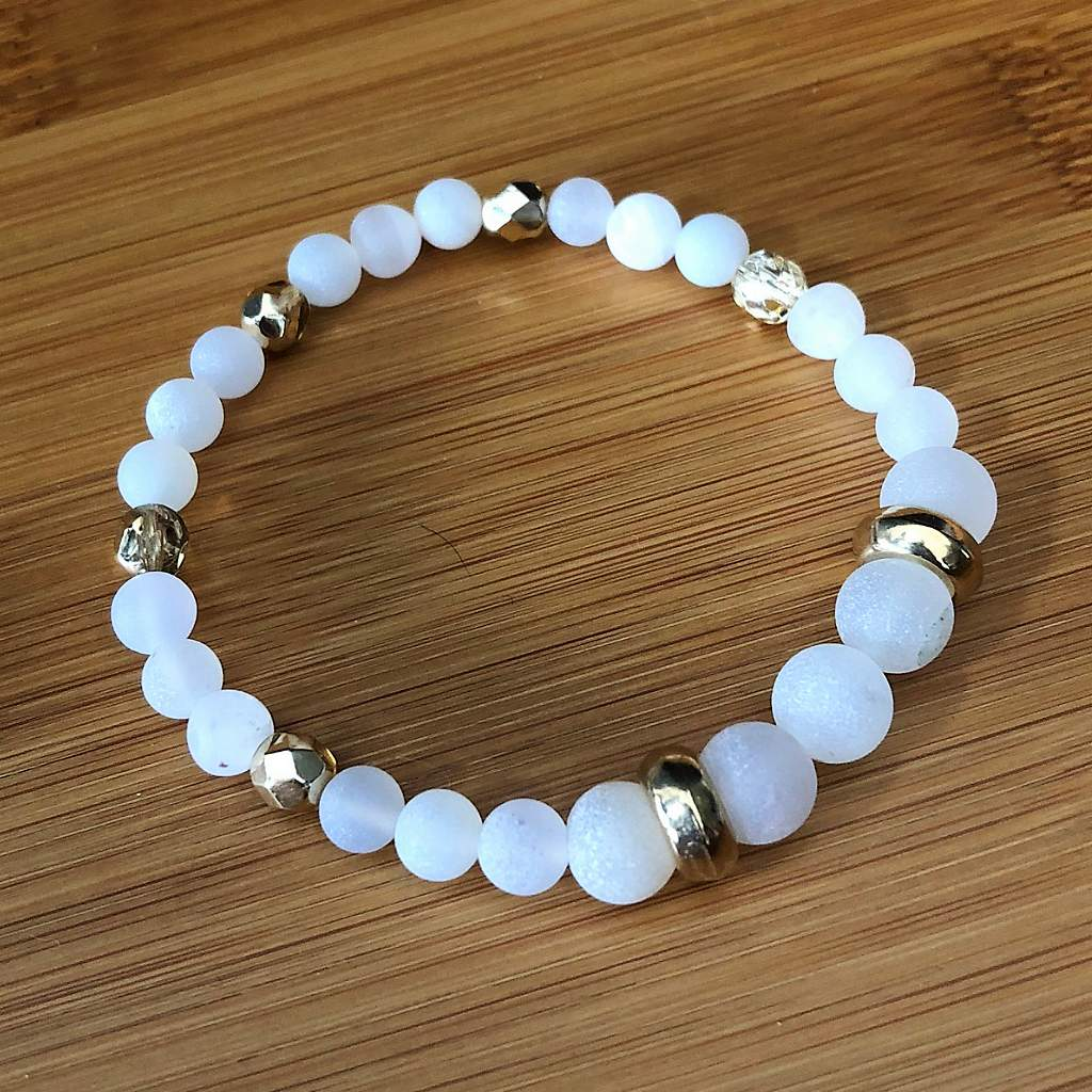 White Matte Agate and Gold Beaded Bracelet