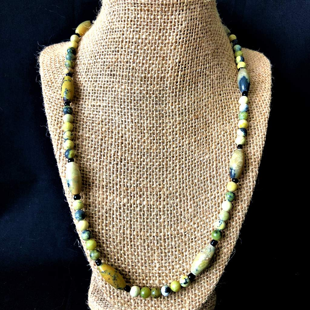 Men's Yellow Turquoise Beaded Necklace - JaeBee