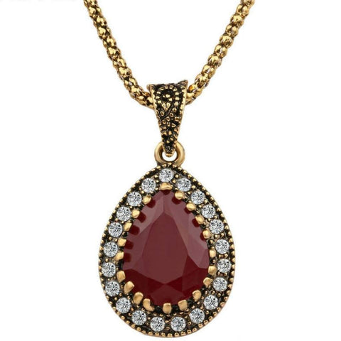 Red Antique Gold Teardrop Pendant Necklace