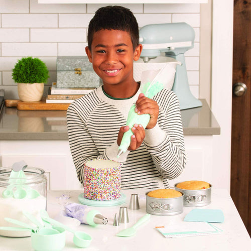Playful Chef Cake Decorating Set - Master Series