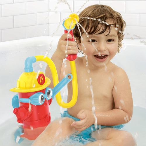 Ready Freddy Spray N Sprinkle Bath Toy from Yookidoo