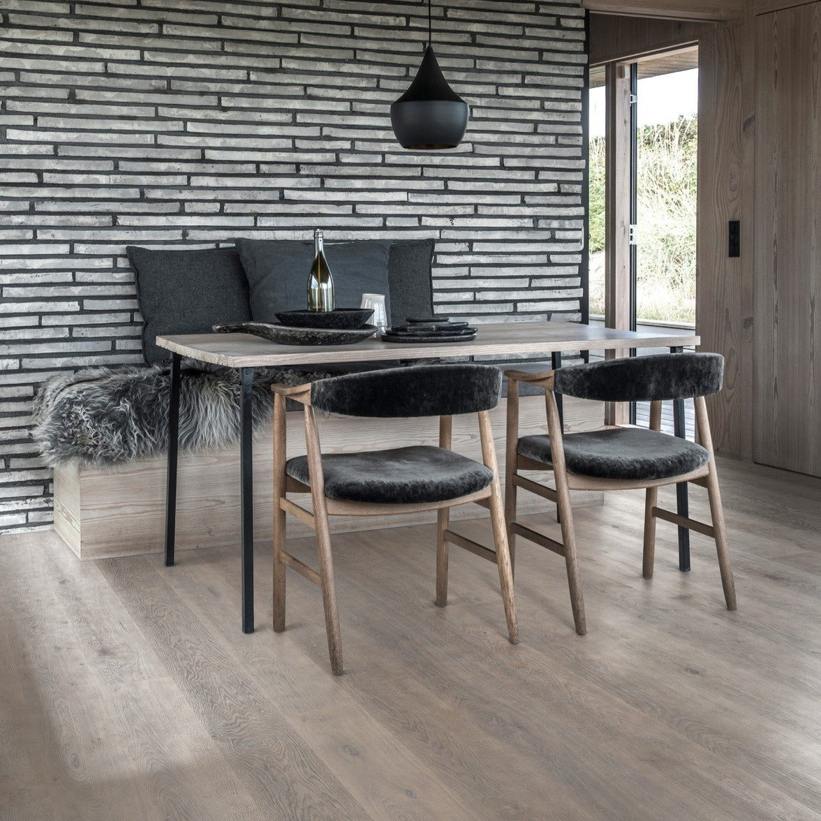 Karelia Oak Shadow Grey