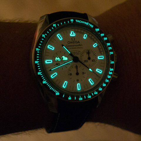 Snoopy Award Lume Shot