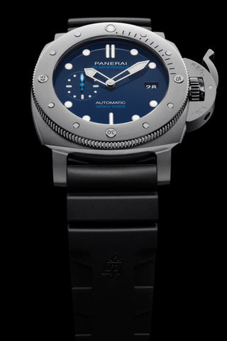 Panerai Submersible Watch with Rubber Strap