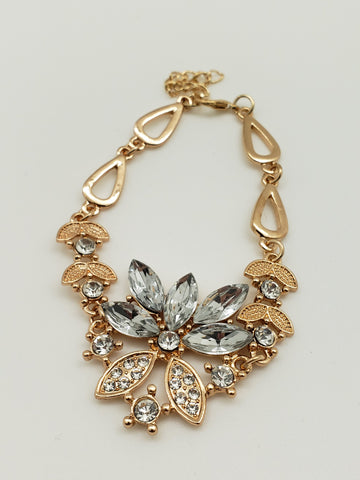 Shimmer Flower Golden Necklace & Jewelry Set