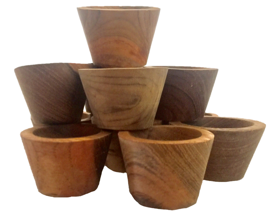 Small natural bowls