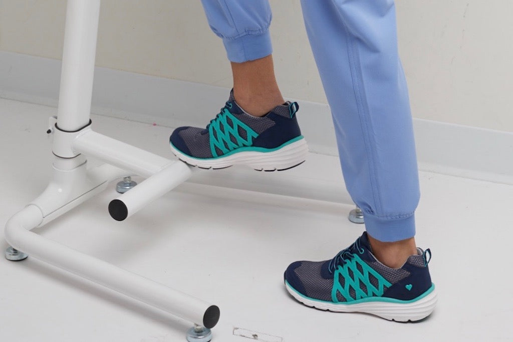 Shoes For Nurses: Finding the Best Footwear for the Job