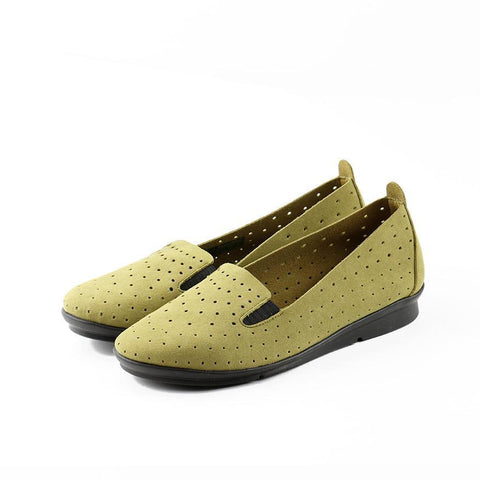 【Coimbra Punched Slip-On】輕薄軟 透氣休閒便鞋_Apple