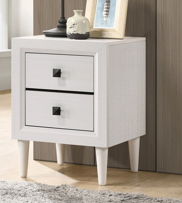 Oaklee White Accent Table image