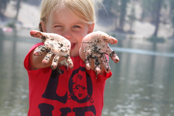 Playing in dirt makes kids healthy & happy