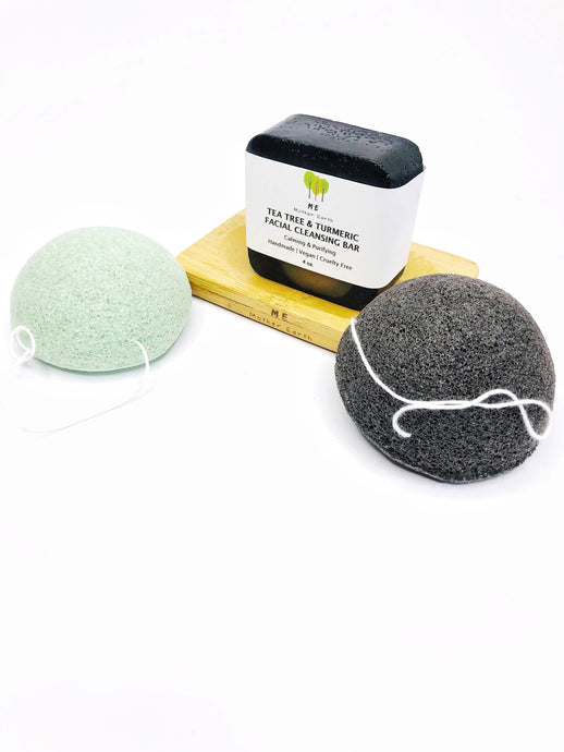 All-natural exfoliating sponge in green tea and charcoal.