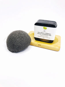 Vegan exfoliating sponge in charcoal.