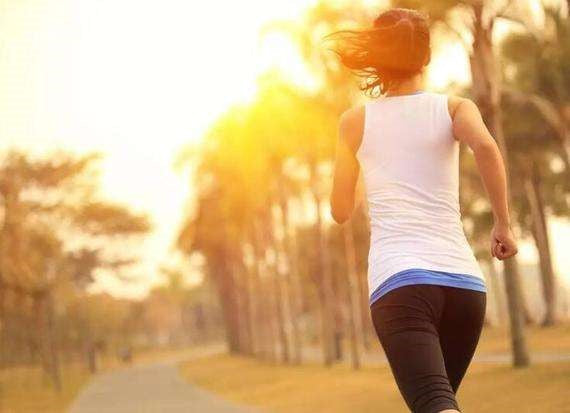 What should I pay attention to when running in summer? Which sportswear is suitable?