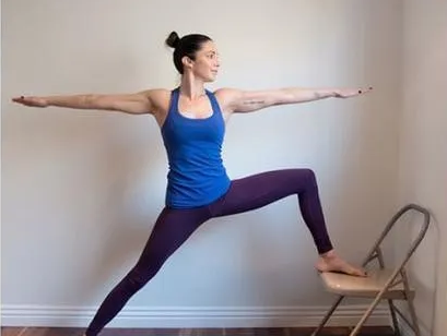 6 simple prenatal yoga movements to relieve pregnancy discomfort