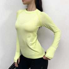 Load image into Gallery viewer, Women's Long Sleeve Loose Yoga Top. YT-036