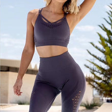 Load image into Gallery viewer, Two-piece Solid Color Seamless Yoga Suit. YS-072