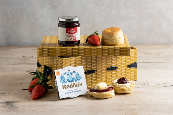 Cream Tea for 2 Hamper