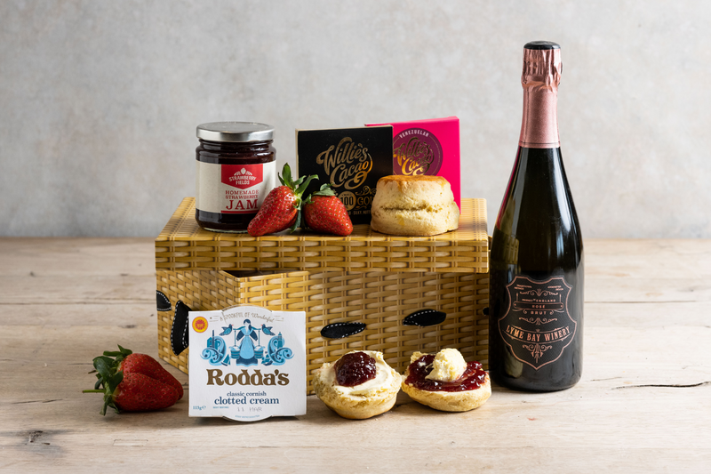 Cream Tea, Bubbly and Chocolates Hamper for 2