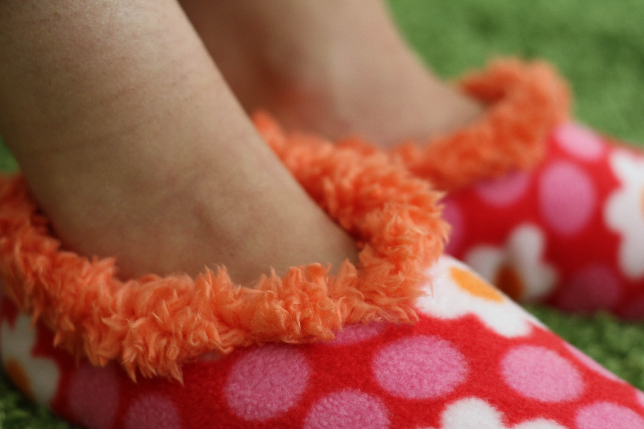 Soft Snuggly Slippers - Pink flowers & dots