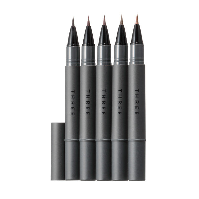 THREE Captivating Performance Fluid Eye Liner