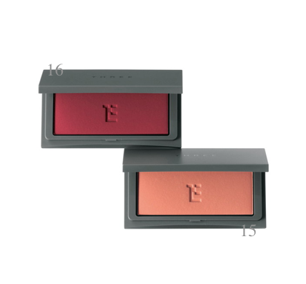 THREE  Cheeky Chic Blush