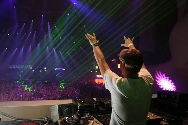 Armin Van Buuren Yearly A State of Trance Shows DJ-Sets DVD Compilation (2006)
