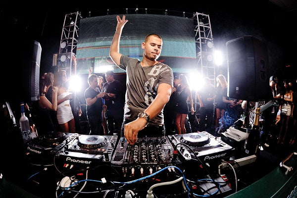 Afrojack Live EDM, Electro House & Progressive House Audio & Video DJ-Sets BLU-RAY / 128GB USB-DRIVE COMPILATION (2009 - 2020)