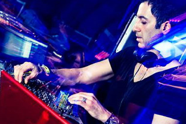 Dubfire (Deep Dish) Live Funky Techno DJ-Sets DVD Compilation (2008 - 2013)