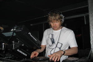 John Digweed Live Progressive House & Tech House DJ-Sets BLU-RAY / 16GB USB-DRIVE / DVD COMPILATION (2006 - 2010)